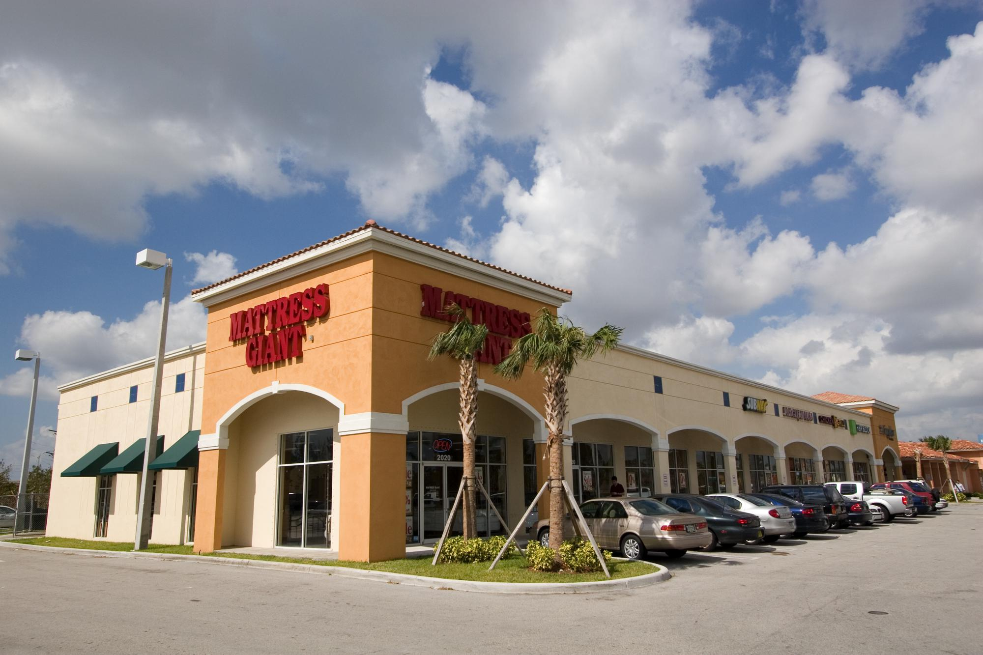 Doral Pointe Shopping Center