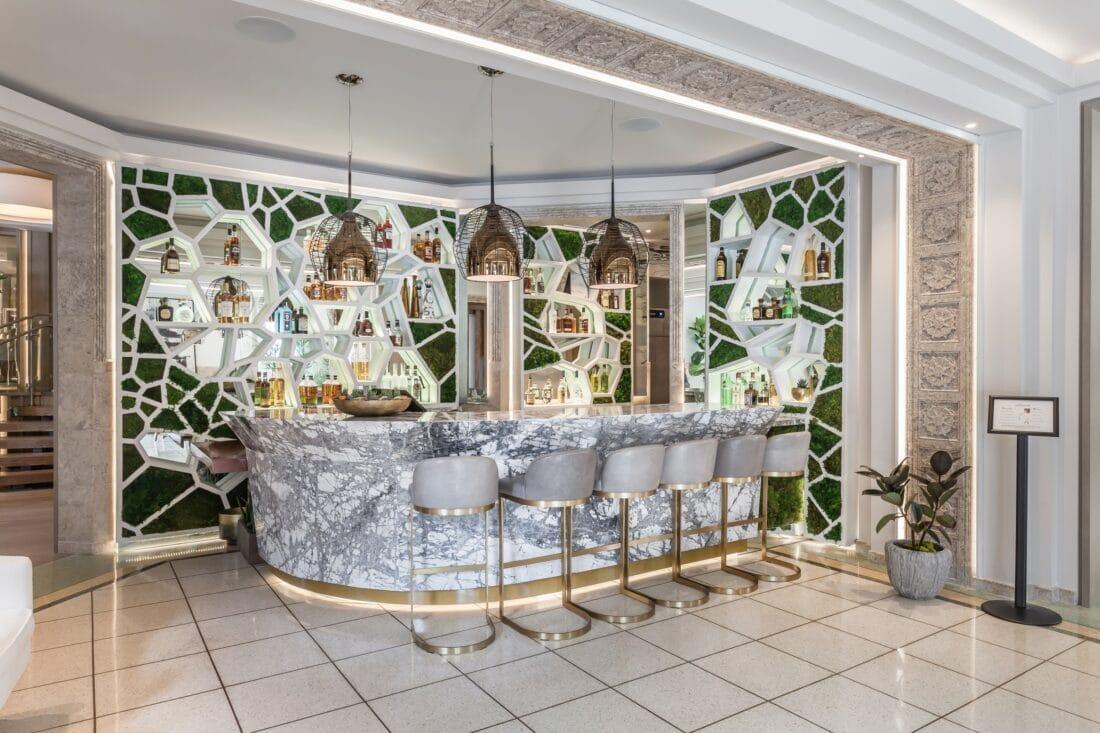 Lennox Hotel Interior Bar