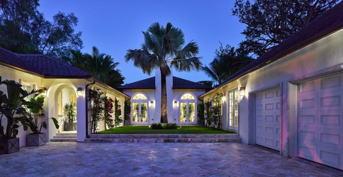 Beautiful courtyard area