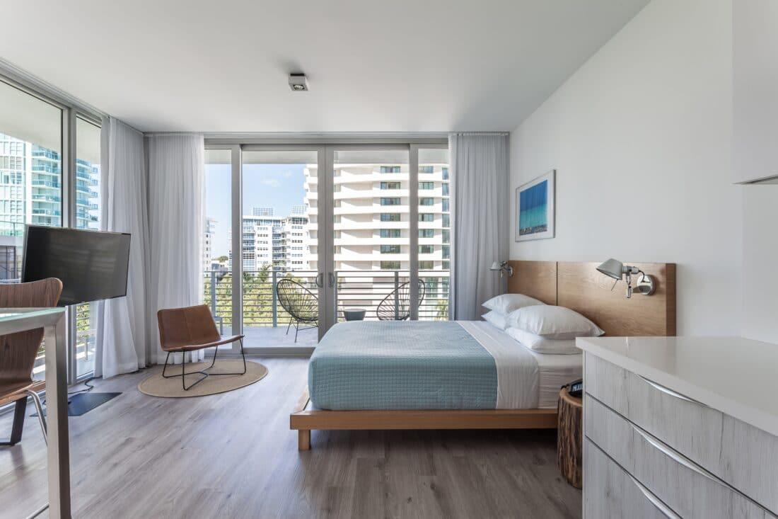 Sixty80 Design Hotel Bedroom